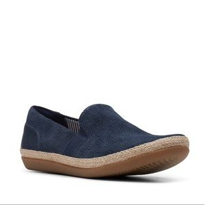 Clark's Women's Slip On Comfort Navy Blue Sneaker